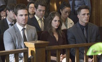 Arrow 2x07: El Estado contra Queen