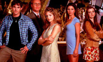 "Buffy: ""1x01-02 La cosecha"". 5 fans vs. 2 episodios."