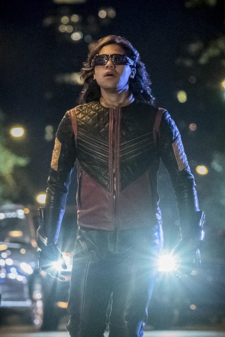 'The Flash': 4x01 Sinopsis, fotos promocionales y tráiler • En tu pantalla