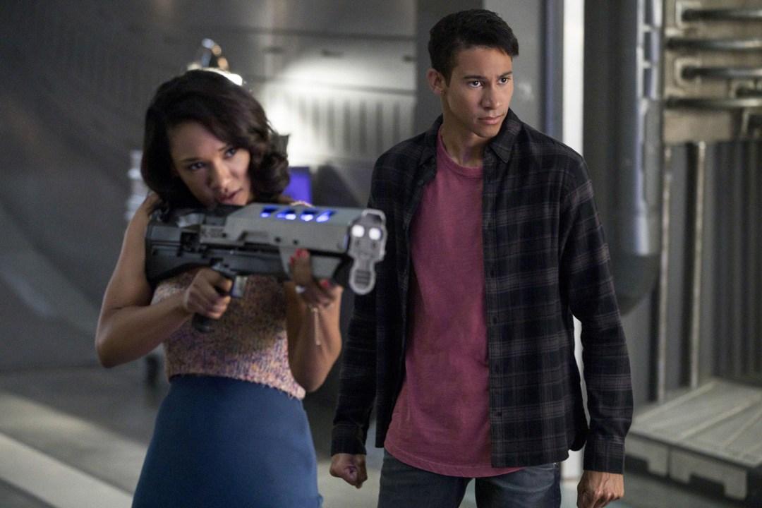 'The Flash': Fotos promocionales y tráiler del episodio 4×02 • En tu pantalla