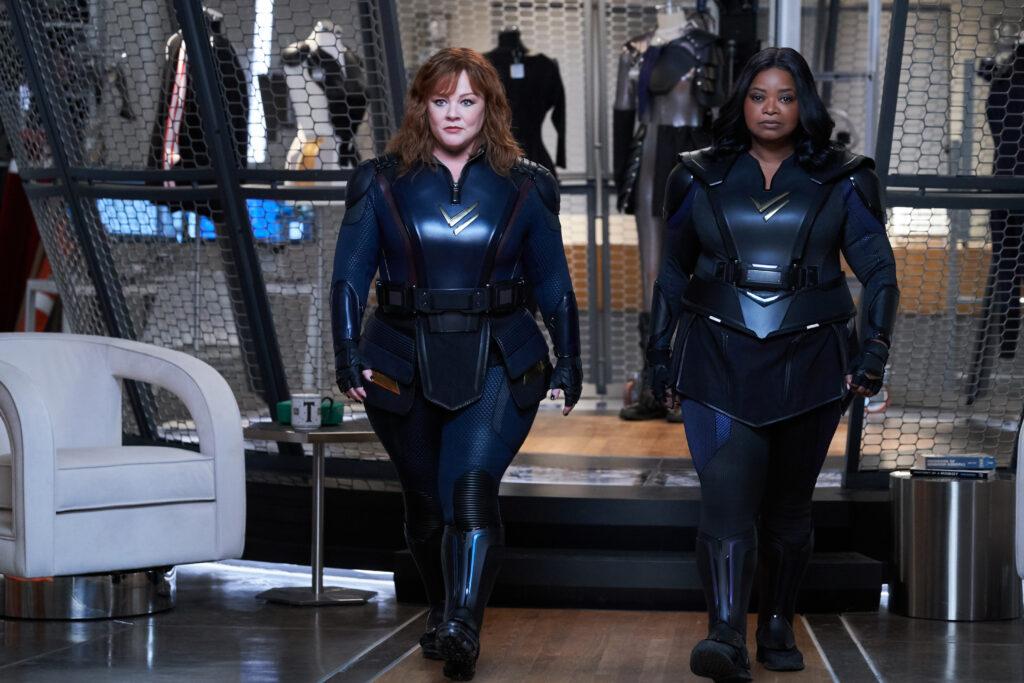 Melissa McCarty y Octavia Spencer en 'Patrulla Trueno'. (Fuente: Netflix)