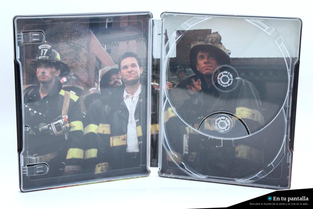 'Llamaradas': Un vistazo al steelbook 4K Ultra HD • En tu pantalla