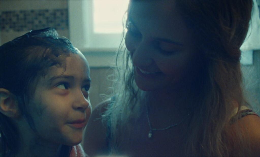 Crítica de 'Blue Bayou', una historia que rompe el corazón • En tu pantalla