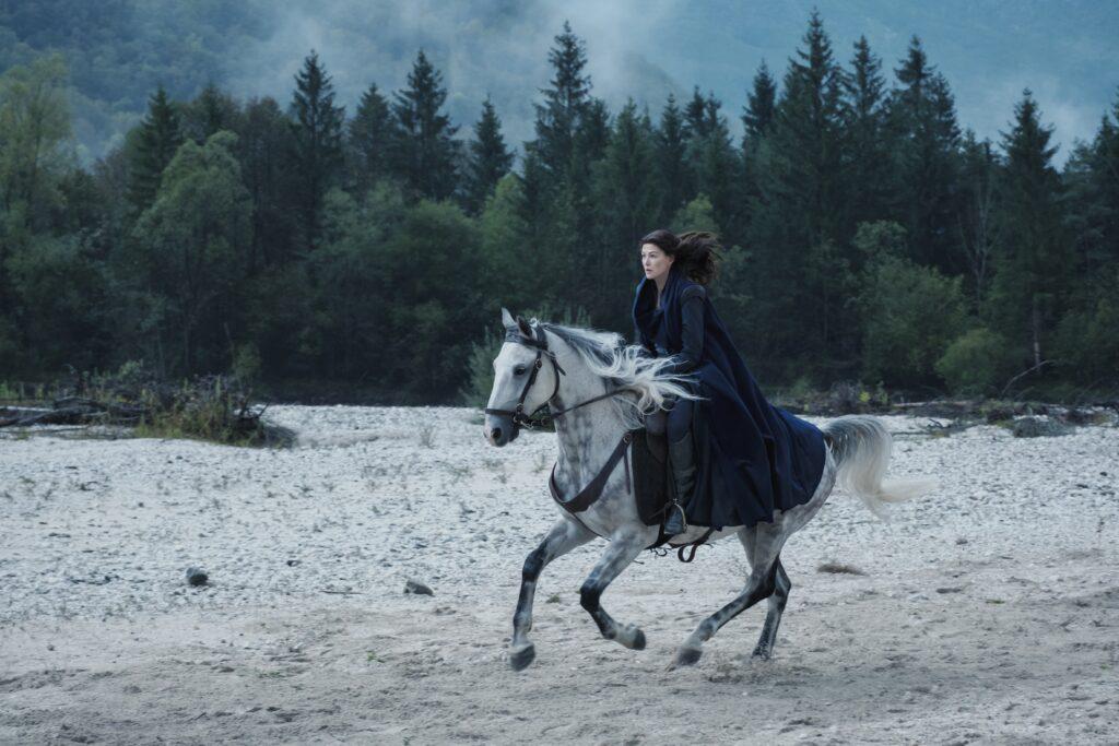 'La Rueda del Tiempo': Teaser tráiler de la nueva serie de Amazon Prime Video • En tu pantalla